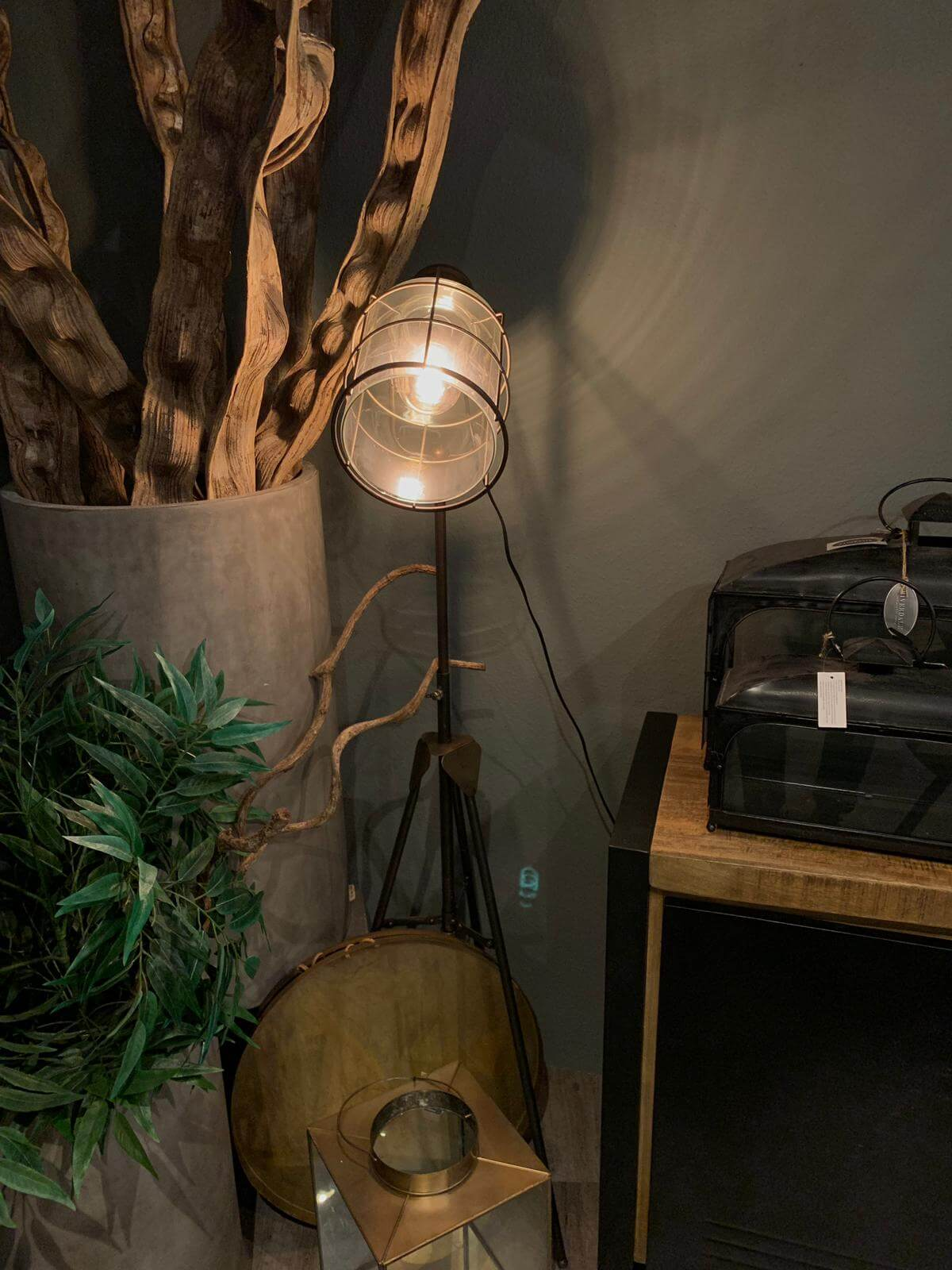 Industriele lamp staal (1)